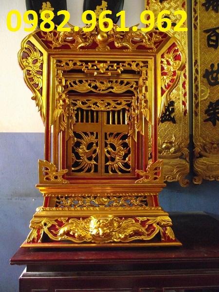 khám thờ son son thiếp vàng