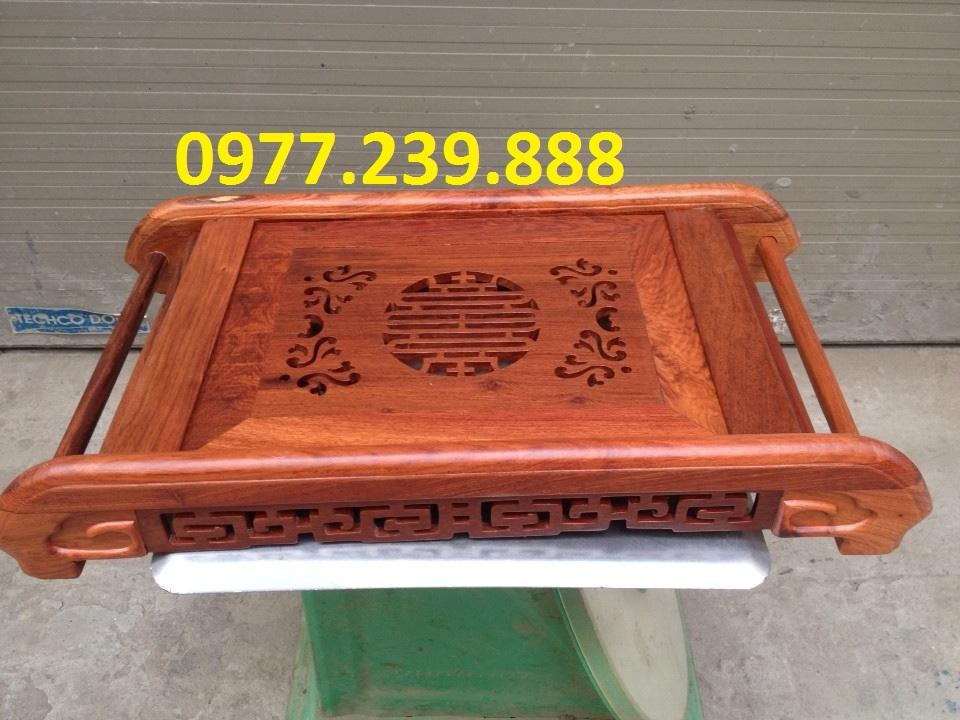 Khay trà chân cuốn bằng gỗ hương đỏ