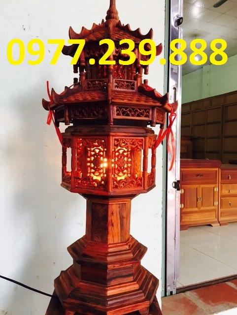 đèn thờ mái gỗ
